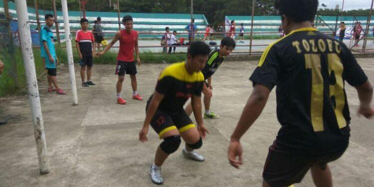 Pemain Kutaraja FC berlatih