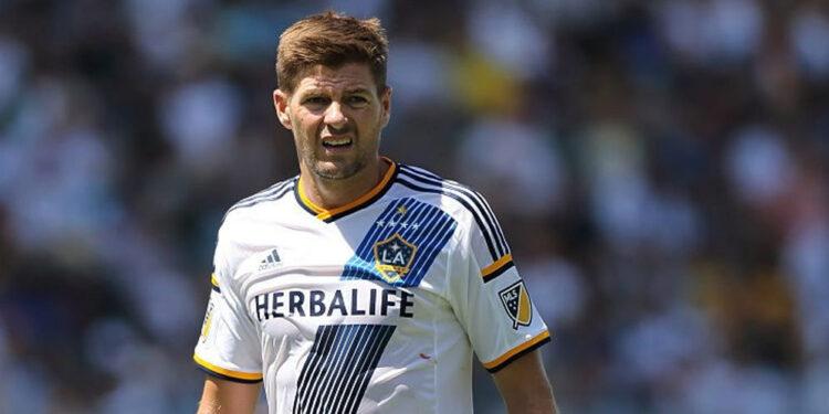 Steven Gerrard sudah gantung sepatu