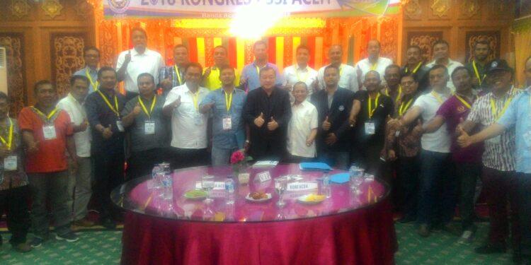 Johar Lin Eng saat memimpin rapat PSSI Aceh di Banda Aceh