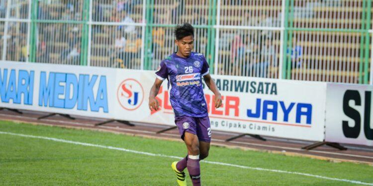 Aksi Khairunnas, pemain asal Nagan Raya dalam balutan klub Ciamis. | Foto: dok pribadi