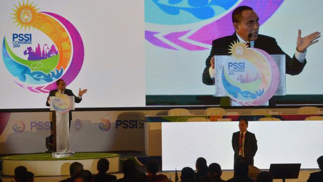 Eddy Rahmayadi berpidato dalam Kongres Tahunan PSSI di Bali   Photo via Kumparan