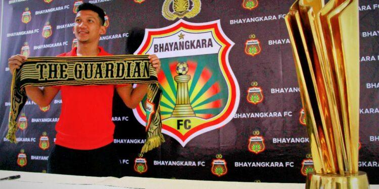 TM Ichsan diikat setahun lagi bersama Bhayangkara FC | Photo: Instagram
