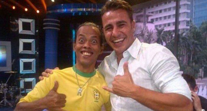 Ronaldikin juga pernah bertemu Cannavaro yang membuat namanya kian tenar   Photo: Ist