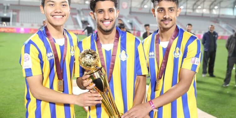 Andri Syahputra bersama rekannya merayakan juara Piala QSL | Photo Instagram