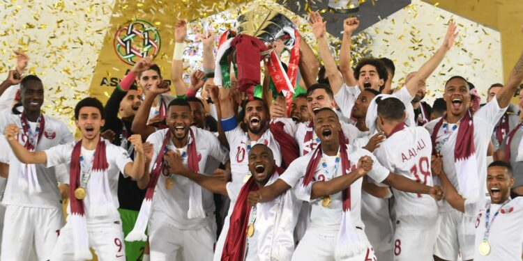 Pemain Qatar selebrasi juara | Photo via .the-afc.com