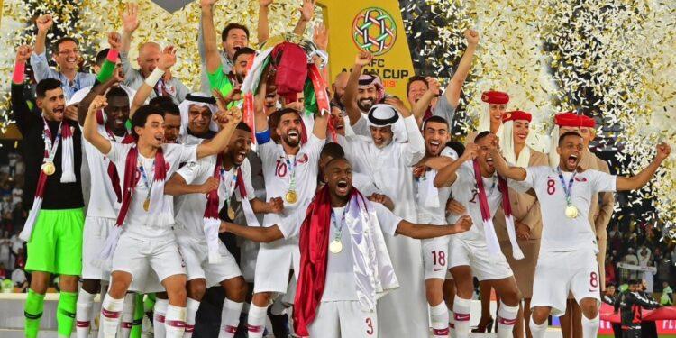 Skuat Qatar menjuarai Piala Asia 2019   Photo via qsl.qa