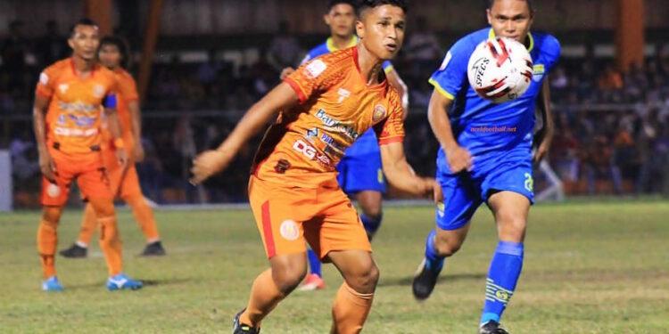 Defri Riski membuka gol pertama Persiraja saat melawan Persik Kediri | Foto Dokumen/Arif Khairullah
