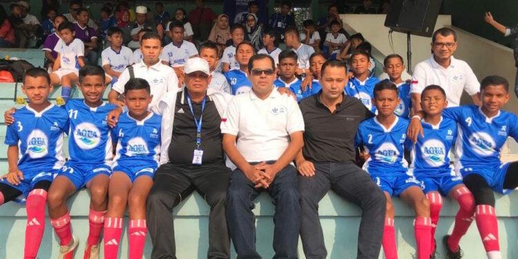Pemain SSB Raja Bintang rehat sejenak menunggu laga semifinal | Photo: Istimewa