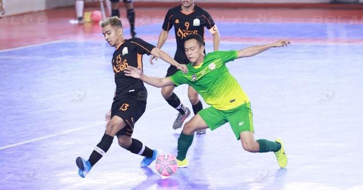 Tim futsal Aceh (jersey hitam) saat menghadapi Sumut | Foto via bolalob
