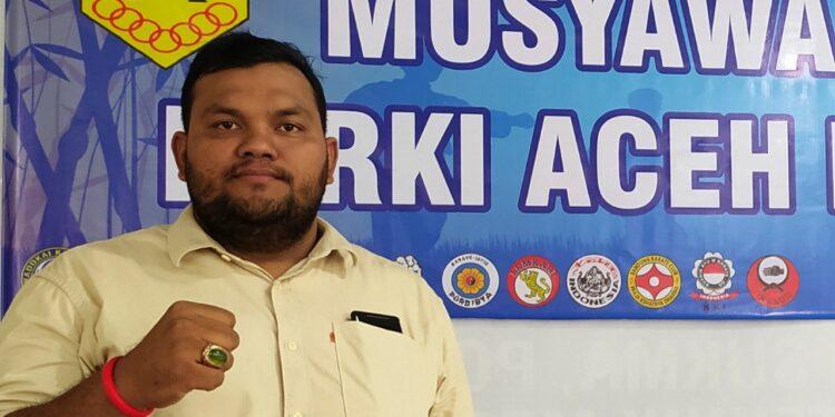 Irfansyah, politisi muda di rumah karate