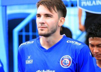 Pavel Smolyachenko sempat gagal beradaptasi di Arema musim 2019 | Foto via wearemania.net