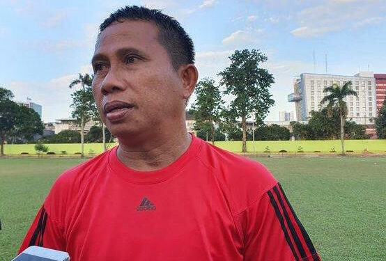 Philep Hansen, pelatih PSMS Medan   Foto via Tribun Medan