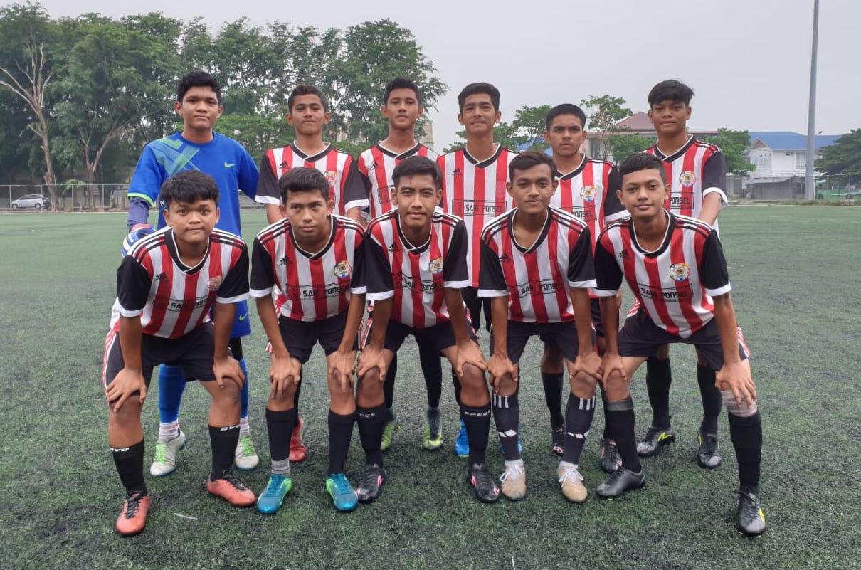 Para pemain muda Aceh yang tergabung dalam Talenta Aceh Football Academy