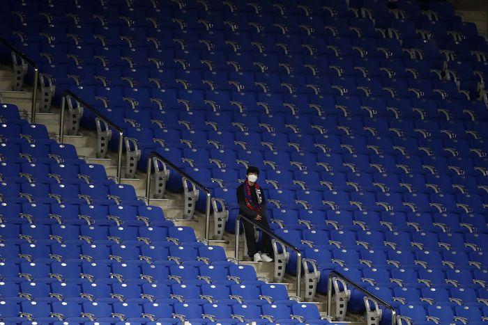 Virus Corona Sudah Kacaukan Sepakbola Dunia   Foto Getty Images/Chung Sung-Jun via detik.com