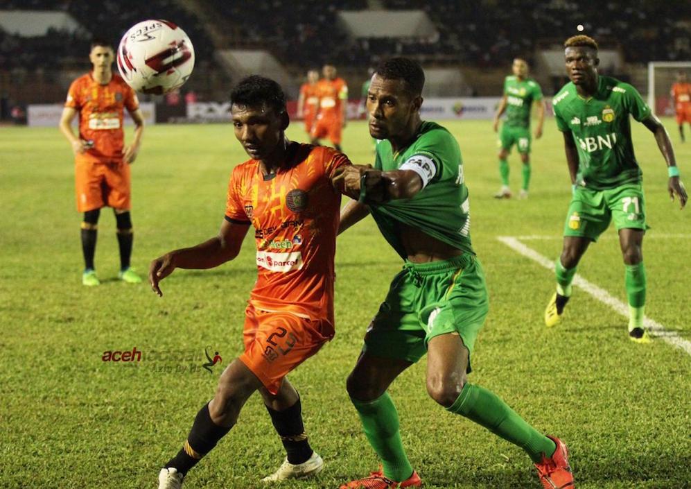 Ilustrasi pertandingan Liga 1 | Foto Azin Ry Hs