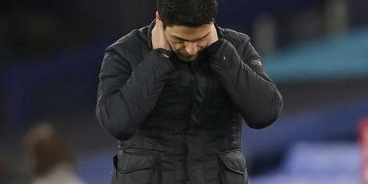 Pelatih Arsenal, Mikel Arteta, diterpa isu pemecatan menyusul penampilan buruk timnya.