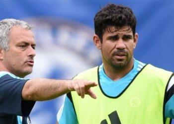 Pelatih Jose Mourinho dan penyerang Diego Costa.