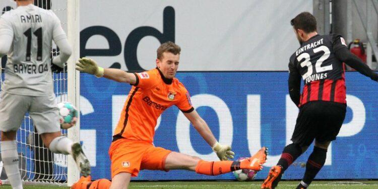 Bayer Leverkusen buang peluang untuk puncaki klasemen