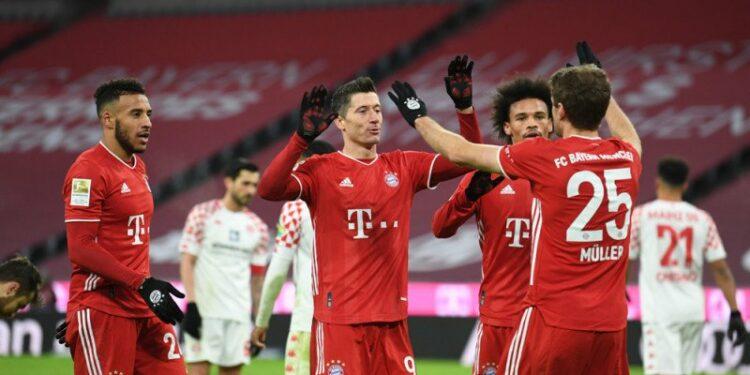 Bayern bangkit dari tertinggal dua gol untuk menang 5-2 atas Mainz