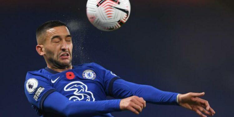 Hakim Ziyech menjadi motor permainan Chelsea saat menekuk Morecambe 4-0 dalam laga putaran keempat Piala FA.