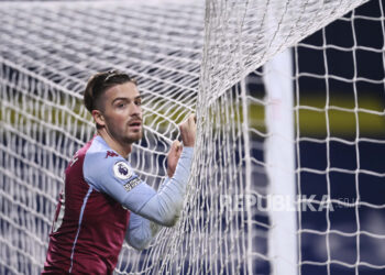 Aston Villa's Jack Grealish reaction after missing a chance in the English Premier League football match between West Bromwich Albion and Aston Villa at the Hawthorns, West Bromwich, English, Sunday, 20 December 2020.
