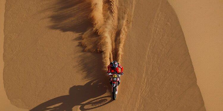 Cornejo perlebar jarak di puncak klasemen setelah juarai etape 8