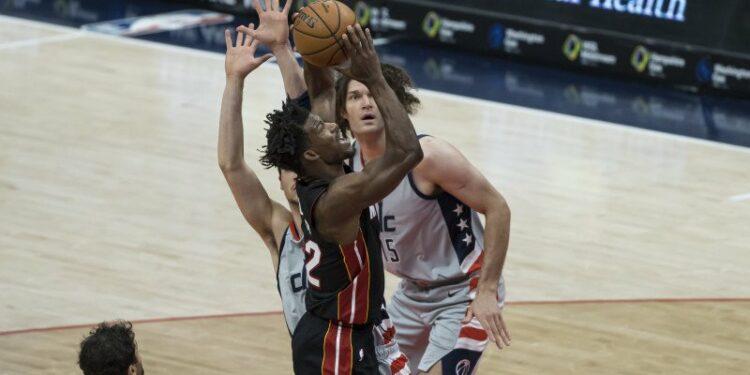 Heat raih kemenangan tandang atas Wizards