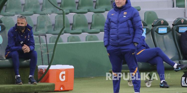 Pelatih kepala Barcelona Ronald Koeman.