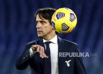 Reaksi pelatih Lazio Simone Inzaghi saat pertandingan sepak bola Serie A Italia SS Lazio vs US Sassuolo di stadion Olimpico di Roma, Italia, 24 Januari 2021.