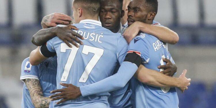 Lazio sudah mulai bangkit saat akan menjamu rival sekota AS Roma pada laga pekan ke-18 Liga Serie A Italia.