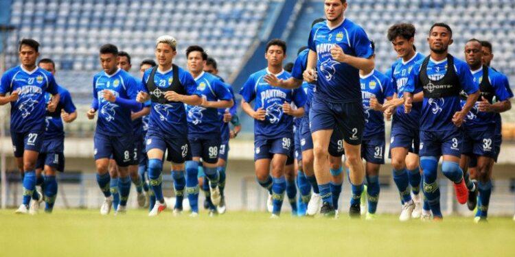 Pelatih Persib usul kompetisi Liga 1 2020 sebaiknya dihentikan