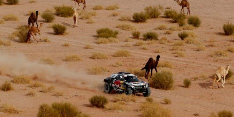 Peterhansel bertahan di pucuk klasemen, Al Rajhi juarai etape 10