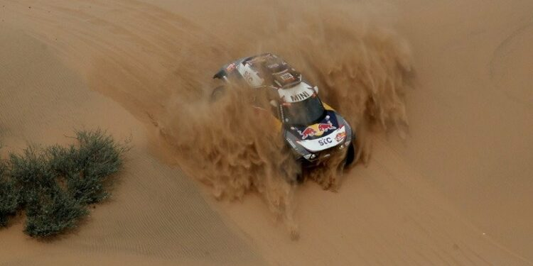 Satu etape lagi, Peterhansel kunci titel ke-14 Reli Dakar