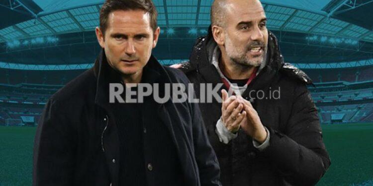 Frank Lampard (kiri) akan beradu taktik dengan Pep Guardiola saat Chelsea manghadapi Manchester City di Stamford Bridge, Ahad (3/1).