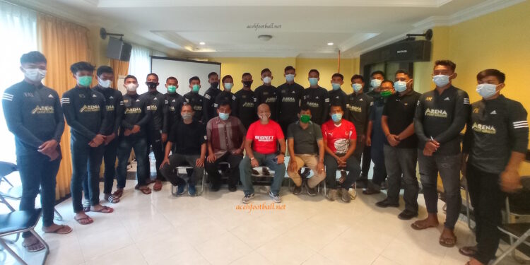 Tim Sepakbola PON Aceh   Foto MS