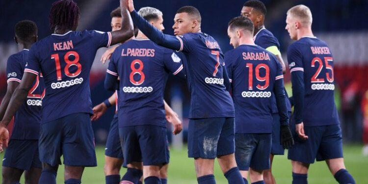 PSG dan Lyon kompak raih poin penuh dari lawannya masing-masing