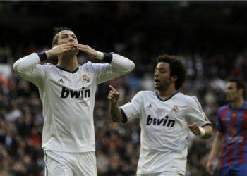 Marcelo (kanan) dan Cristiano Ronaldo saat masih sama-sama membela Real Madrid.