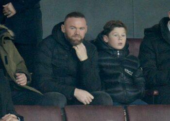 Wayne Rooney memilih gantung sepatu untuk fokus menjadi pelatih Derby County.