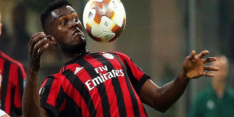 Penalti gelandang AC Milan Franck Kessie menyelamatkan timnya dari kekalahan lawan Udinese.