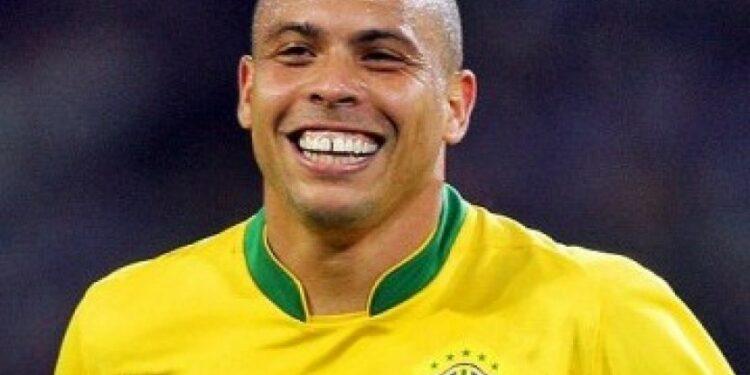 Mantan pemain internasional Brazil, Ronaldo