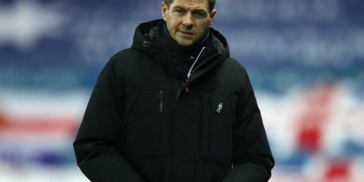 Pelatih Glasgow Rangers, Steven Gerrard.