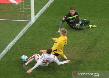 Haaland hindarkan Dortmund dari kekalahan di Cologne