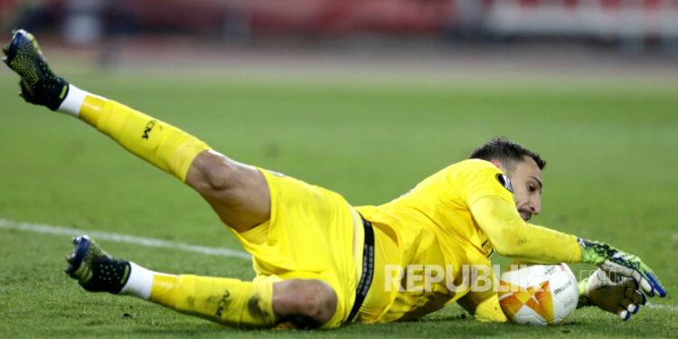 Kiper AC Milan Gianluigi Donnarumma.