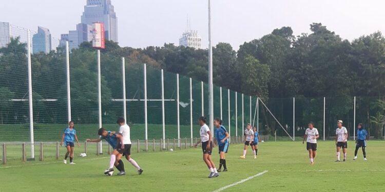 Pelatih belum puas meski timnas putri menang 15-0 dalam uji coba