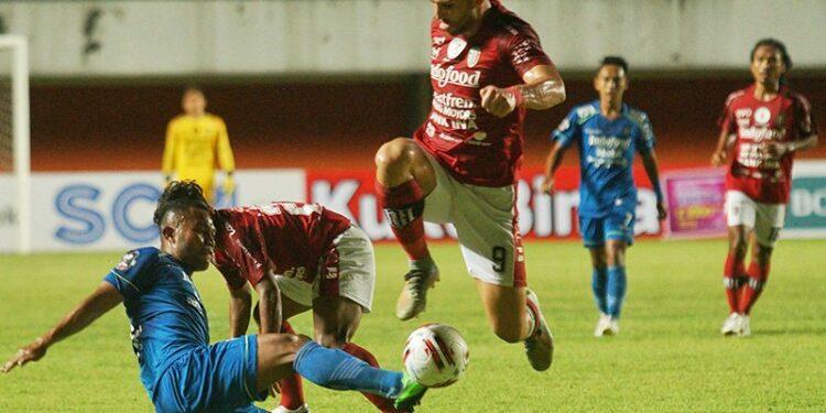 Persib Bandung tahan imbang Bali United 1-1