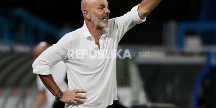 Pelatih AC Milan Stefano Pioli.