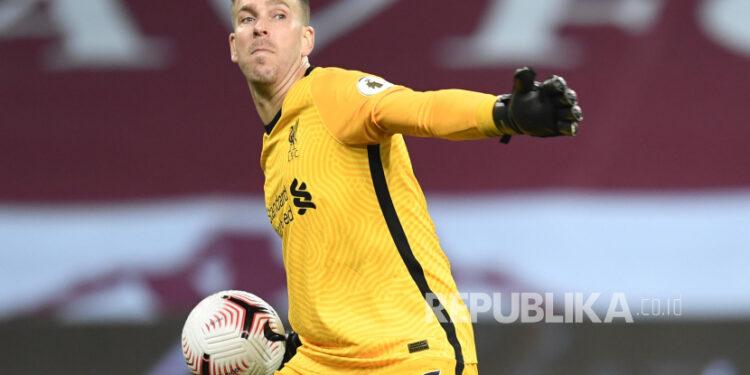 Kiper Liverpool, Adrian.