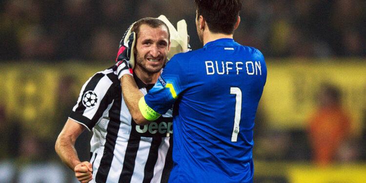 Bek Juventus Giorgio Chiellini dan kiper Juventus Gianluigi Buffon.