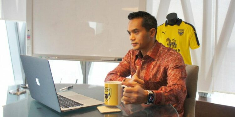 Anin Bakrie is grateful that Oxford United is in the English League One playoffs