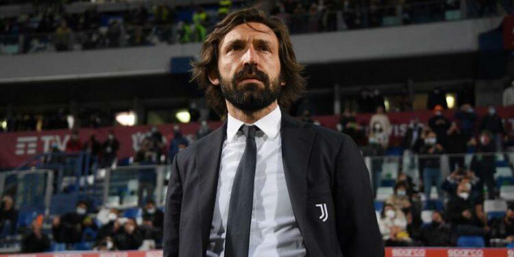 Pelatih Juventus Andrea Pirlo menyaksikan pertandingan final sepak bola Coppa Italia antara Atalanta dan Juventus di Stadion Mapei di Reggio Emilia, Italia, Rabu, 19 Mei 2021.